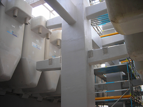 Sistemas de protección antiácidos / Revestimientos